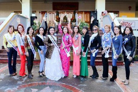 Janny Thuy Tran dang quang Hoa hau Phu nhan Viet Nam Hoan cau 2016 - Anh 8
