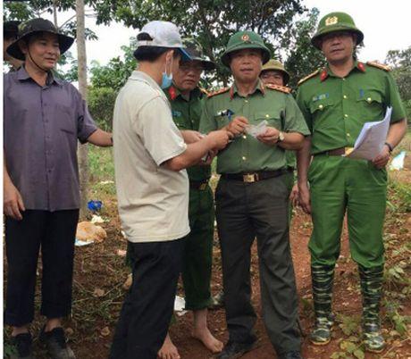 Bo Cong an chi dao dieu tra vu xa sung tai tinh Dak Nong - Anh 1
