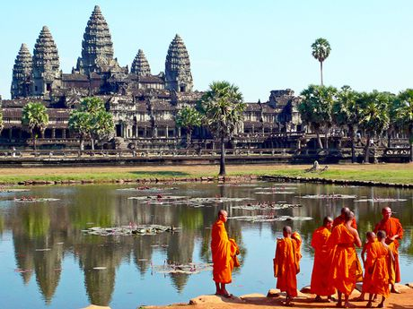 Campuchia day manh thu hut du khach Trung Quoc - Anh 1