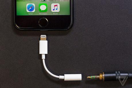iPhone 7 32 GB cham hon, nhung dieu do co quan trong? - Anh 2