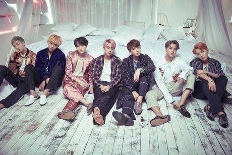 Nhom BTS bi nghi gian lan tren bang xep hang Billboard - Anh 2