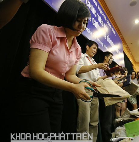Bo truong Bo KH&CN yeu cau xu ly nghiem to chuc, ca nhan vi pham tieu huy hang hoa - Anh 1