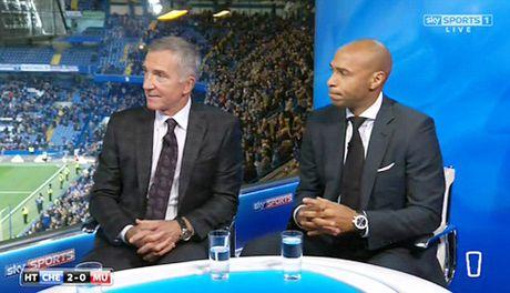 Graeme Souness: 'David Luiz dang bi duoi o tran Chelsea – Man United' - Anh 3