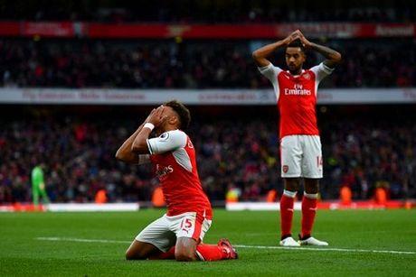 10 dieu rut ra tu vong 9 Premier League: Arsenal mat hung phan. Coutinho la thien tai - Anh 2