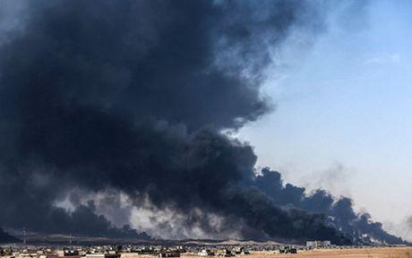Hon 1 trieu nguoi o Mosul, Iraq tra gia bang khung hoang nhan dao - Anh 1