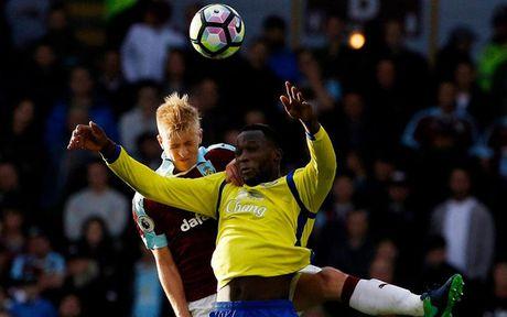 Chum anh: Nhung khoanh khac dep nhat vong 9 Premier League - Anh 14