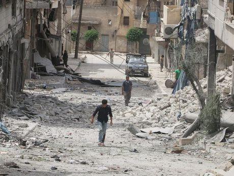 Nga hoai nghi viec phan dinh khung bo va phe doi lap on hoa o Syria - Anh 1