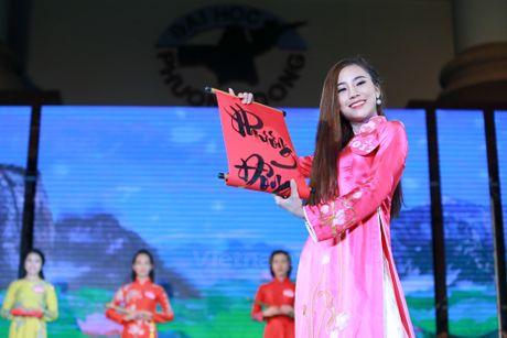 Nam thanh nu tu truong Phuong Dong rang ngoi dem chung ket hoa khoi - Anh 7
