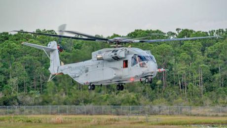 Truc thang My khien Mi-26 'hit khoi' - Anh 1