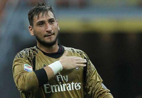 AC Milan quyet khong cho Juventus dung toi Donnarumma - Anh 1