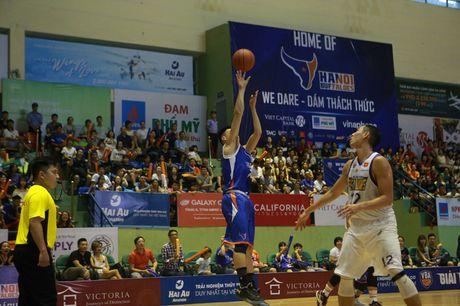 HaNoi Buffaloes nhan loi 'canh bao' tu HCMC Wings truoc them ban ket - Anh 1