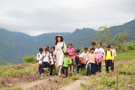 """Angela Phuong Trinh tiet lo nhung canh quay """"tray da troc vay"""" - Anh 3"""