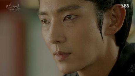 Nguoi tinh anh trang tap 17: Vua dang co, Lee Jun Ki da bi ep cuoi em gai - Anh 11
