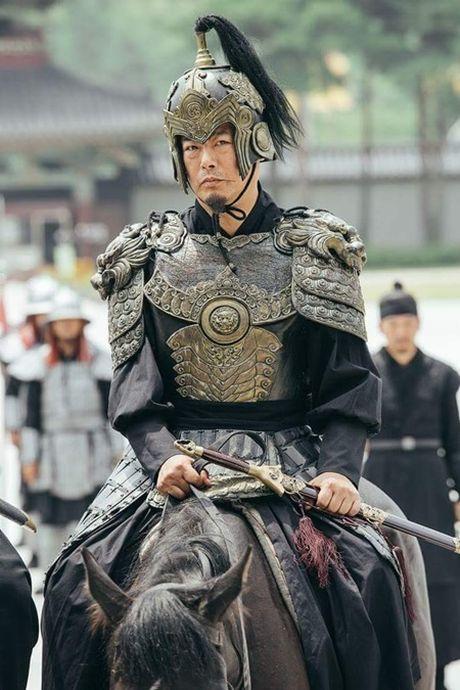 Nguoi tinh anh trang tap 17: Vua dang co, Lee Jun Ki da bi ep cuoi em gai - Anh 3