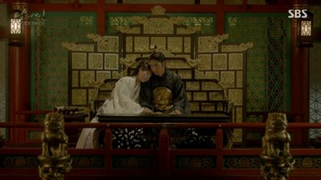 Nguoi tinh anh trang tap 17: Vua dang co, Lee Jun Ki da bi ep cuoi em gai - Anh 7
