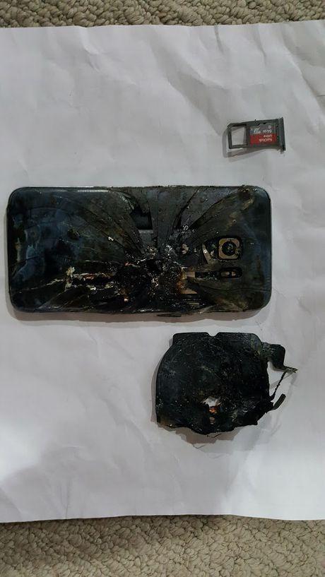 Galaxy S7 edge tiep tuc boc hoa tai Canada - Anh 2