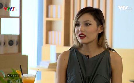 Cafe Sang voi VTV3: Fung La chia se ve noi so hai lon nhat trong cuoc doi - Anh 1