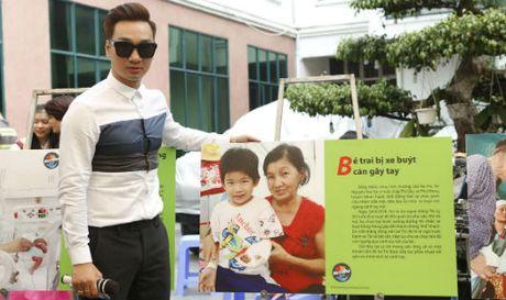 MC Thanh Trung xuc dong 'Trao yeu thuong, nhan hanh phuc' - Anh 1