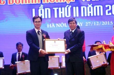 "Trao giai ""Doanh nghiep vi nguoi lao dong"" nam 2016 - Anh 1"