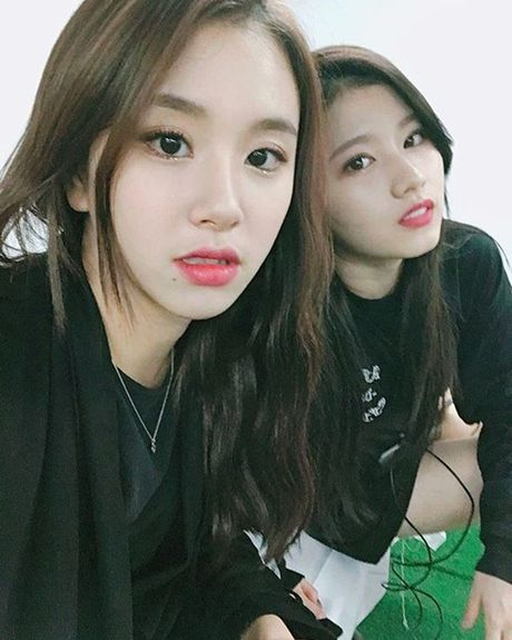 Sao Han 25/10: Jessica nhi nhanh ben Krystal, Bora khoe dui khoe khoan - Anh 2