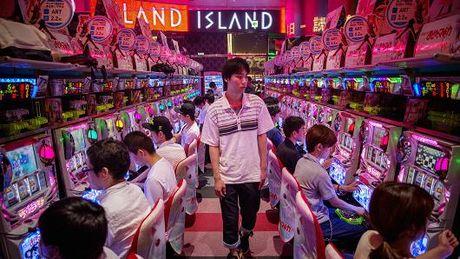 Kinh te gap kho, Nhat tinh mo casino - Anh 1