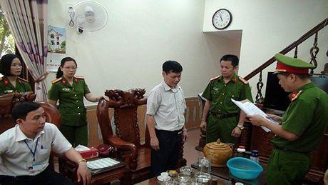 Bat hai lanh dao Cong ty xo so kien thiet Ha Giang - Anh 1