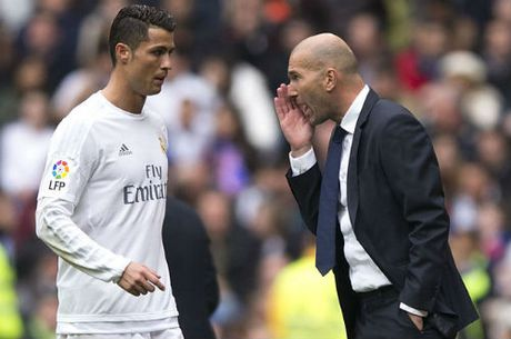 "Real nham ""Messi moi"" 100 trieu euro thay Ronaldo - Anh 1"