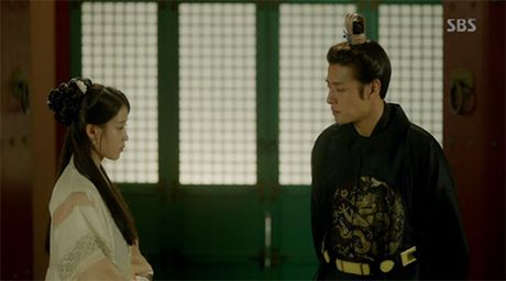 Nguoi tinh anh trang tap 17: IU chinh thuc dua Lee Jun Ki len ngoi vua - Anh 10