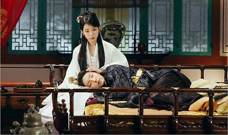 Nguoi tinh anh trang tap 17: IU chinh thuc dua Lee Jun Ki len ngoi vua - Anh 7