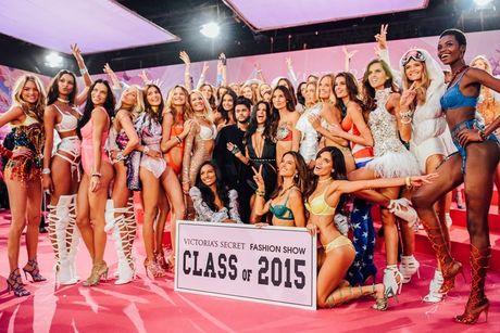 Show dien noi y Victoria's Secret 2016 se dien ra tai Phap - Anh 3