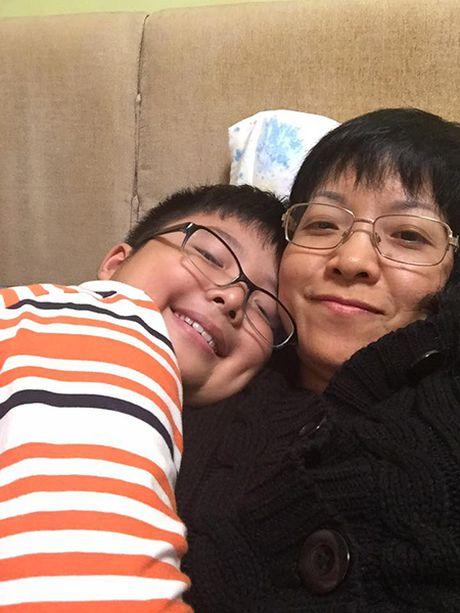 MC Thao Van va Cong Ly vui ve doan tu trong ngay sinh nhat con trai - Anh 5