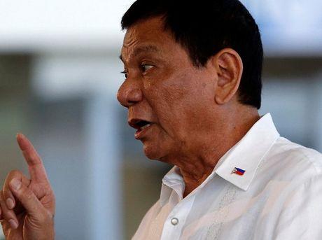 Ong Duterte: My khong nen doi xu voi Philippines nhu 'cho deo xich' - Anh 1