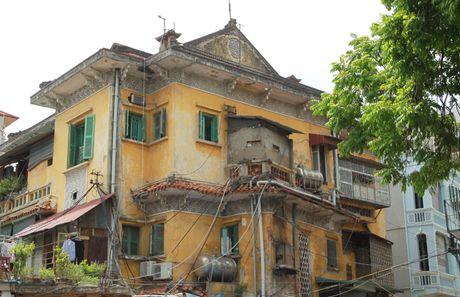 Bao dong bao ton nha co sau vu chay tai so 65 Nguyen Thai Hoc - Anh 1