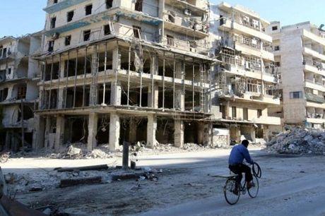 Lien Hop quoc huy ke hoach so tan nguoi dan o Aleppo - Anh 1