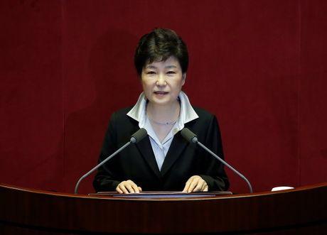 Tong thong Park Geun-hye muon pha vo quy dinh 'mot nhiem ky' - Anh 1