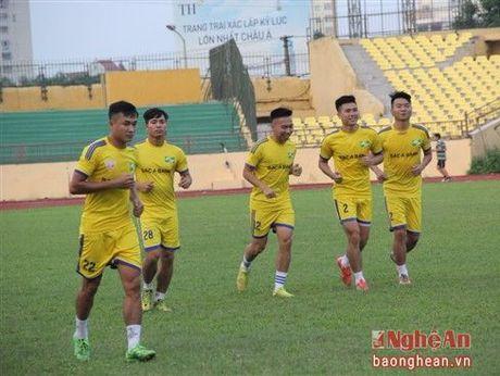 Ngo Quang Truong de ngo kha nang tiep tuc huan luyen SLNA - Anh 2