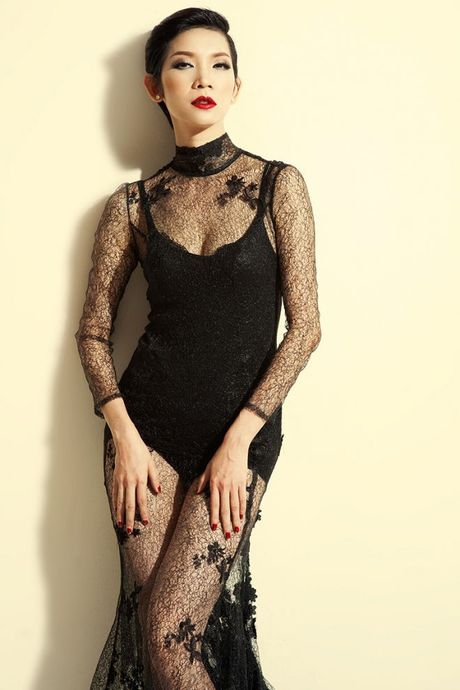 Vietnam Designer Fashion Week ruc rich tuyen mau cho mua 3 - Anh 3