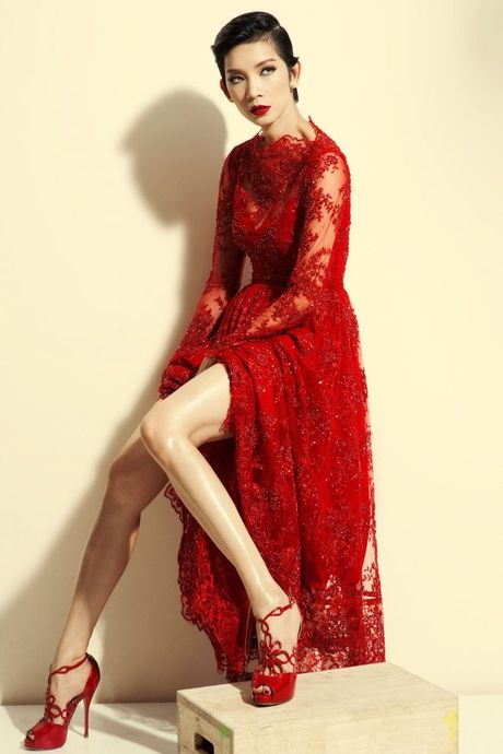 Vietnam Designer Fashion Week ruc rich tuyen mau cho mua 3 - Anh 4