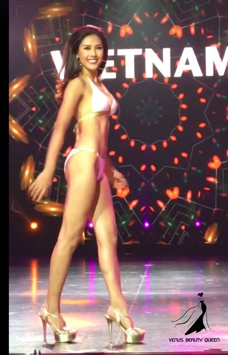 Nguyen Thi Loan va cai tron mat, lac vai gay tranh cai tai Miss Grand International 2016 - Anh 1