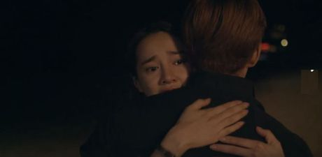 Trailer 'Tuoi thanh xuan 2' - Sau bao song gio, Linh va Junsu lai ve ben nhau? - Anh 13