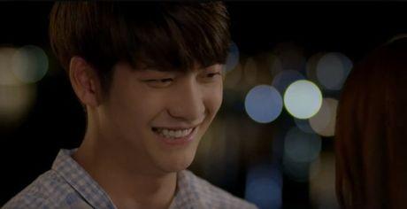 Trailer 'Tuoi thanh xuan 2' - Sau bao song gio, Linh va Junsu lai ve ben nhau? - Anh 14