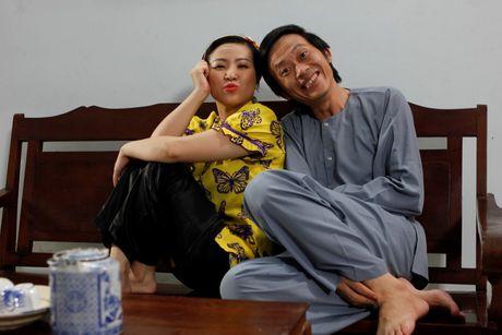 Hoai Linh va Kieu Linh 'tan gia bai san' vi me de - Anh 3