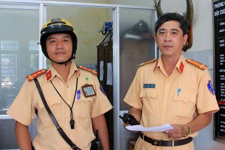 CSGT tai tinh theo dau dinh vi tom bon trom: Chay xa 100 km van khong thoat - Anh 1