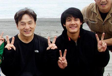 Diep Lam Anh hao hung khoe 'hau due Thanh Long' la 'chong' - Anh 3