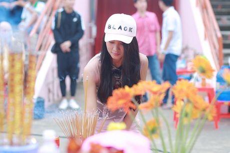 Diep Lam Anh hao hung khoe 'hau due Thanh Long' la 'chong' - Anh 8