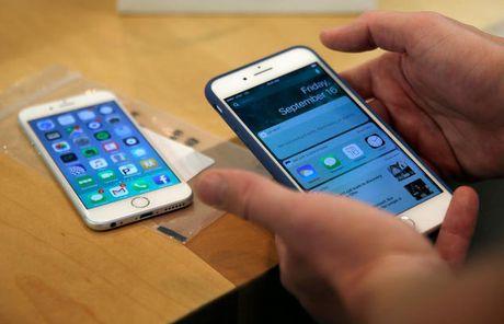 Apple va loi hack iPhone chi qua mot tam anh - Anh 1
