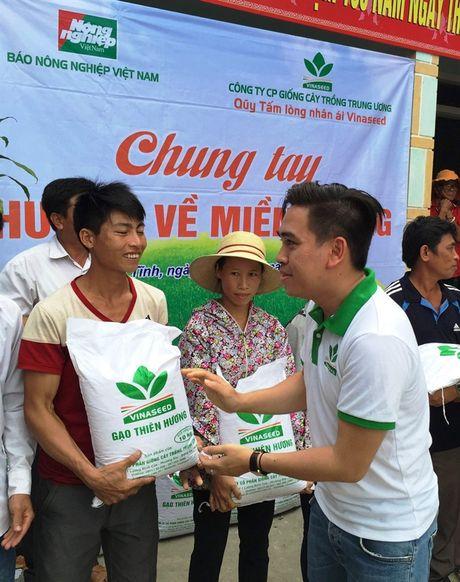 20 tan gao nghia tinh se chia voi ba con vung lu Ha Tinh - Anh 2