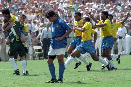 Roberto Baggio - Marcello Lippi: Moi thu kinh dien giua hai thien tai bong da Y - Anh 1