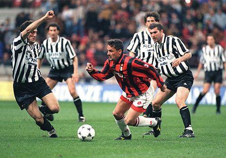 Roberto Baggio - Marcello Lippi: Moi thu kinh dien giua hai thien tai bong da Y - Anh 4