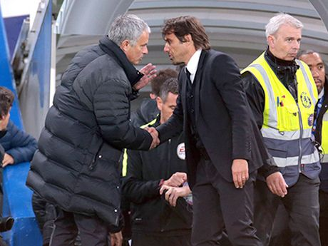 Tieu diem: Bot 'nghi binh' di, Mourinho! - Anh 1